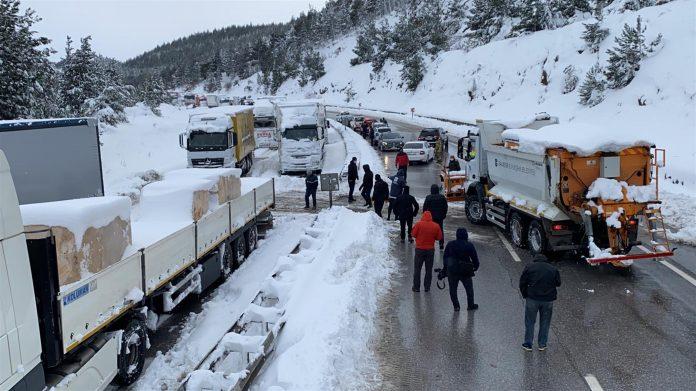 Balıkesir Susurluk yolu tek şerit trafiğe açıldı