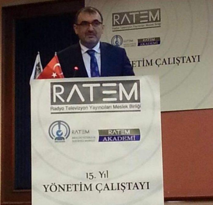 Covid-19 virüsü nedeniyle tüm sektörlerin maddi sıkıntı çektiği bir dönemde bir destek çağrısı da Radyo ve Televizyoncular birliğinden geldi. Cumhurbaşkanı Erdoğan'a seslenen birlik yöneticileri hibe desteği istediler.